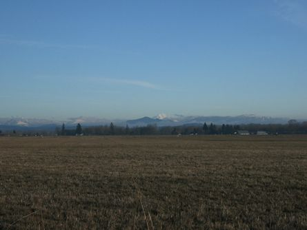 216 Acres Oregon Land and Home with Views of Mt. Jefferson and the Cascade Range